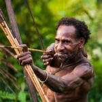 5 Suku Pedalaman Asli Indonesia yang Wajib Anda Ketahui