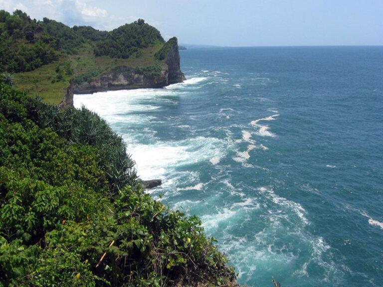 pantai ngungap 1 768x576