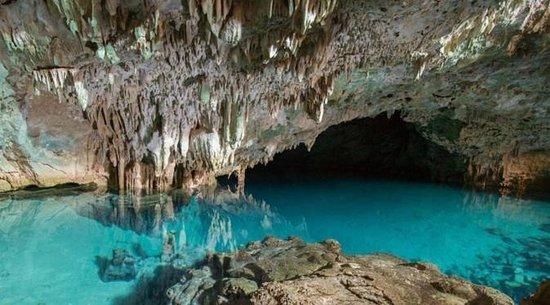 gua rangko dengan laguna
